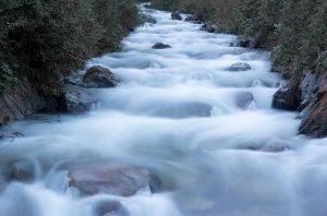 river-2380984_640